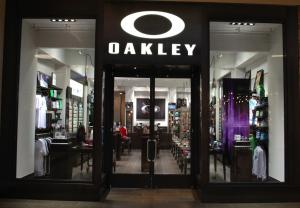 Oakley Returns